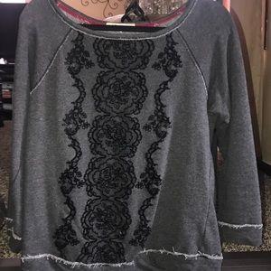 Sweatshirt with black floral detail